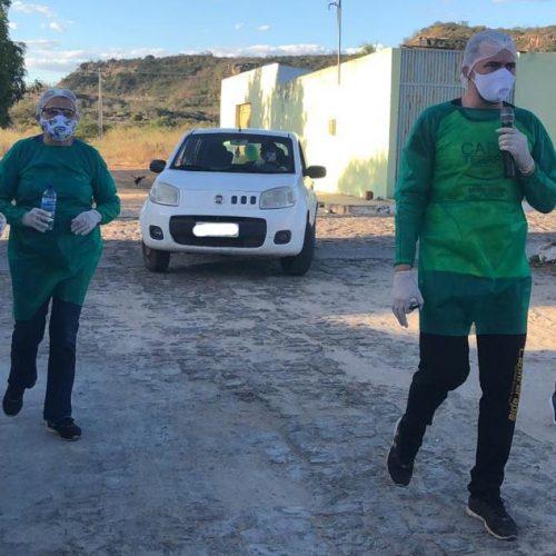 Assistência Social de Monsenhor Hipólito realiza Capoterapia Itinerante e distribui kits higiênicos para idosos