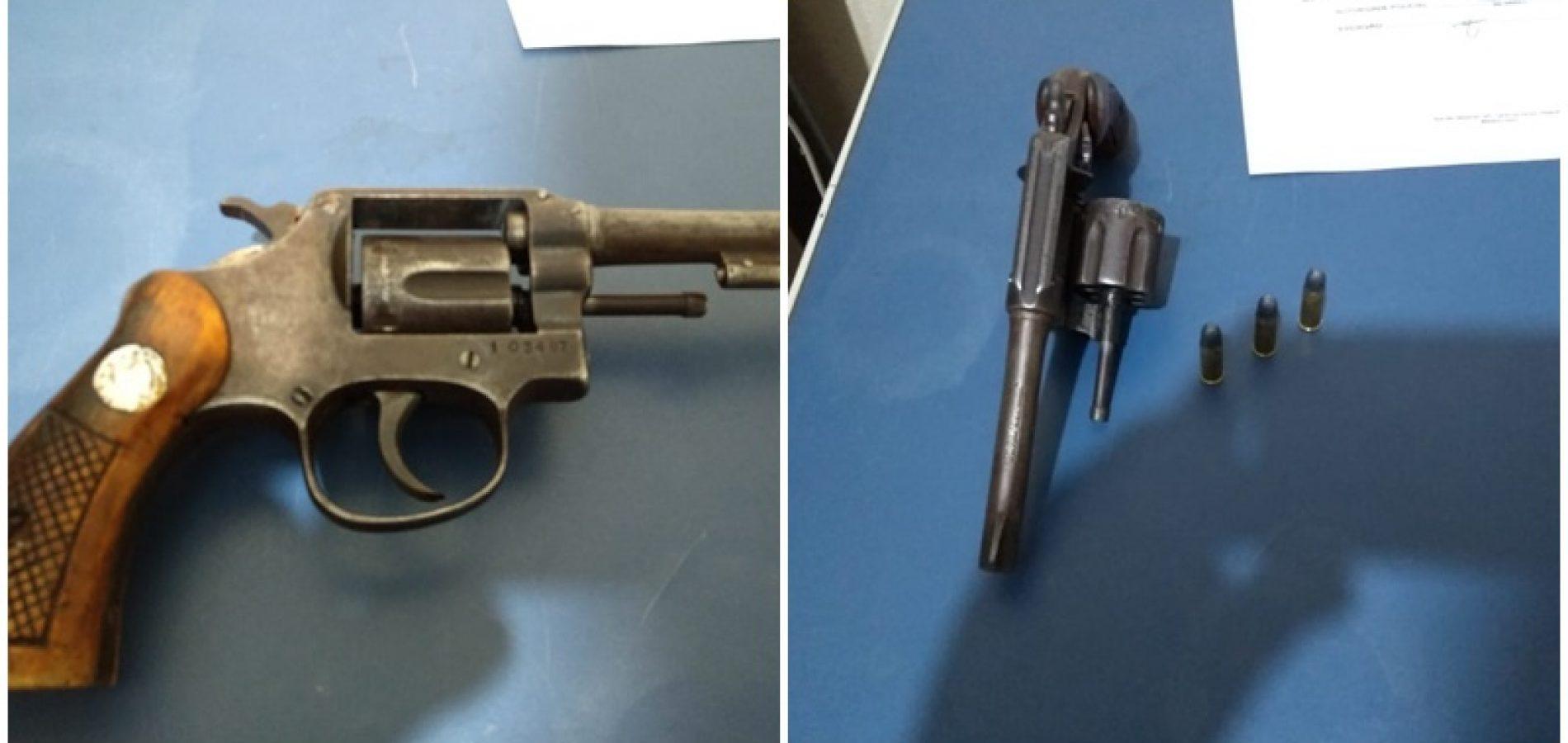 Jovem é preso por porte ilegal de arma de fogo na zona rural de Padre Marcos