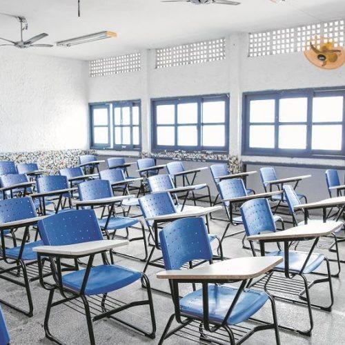Sindicato entra com liminar para garantir testagem de professores no retorno das aulas no Piauí