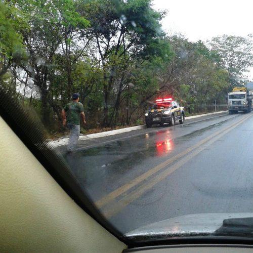 Homem morre atropelado ao consertar ônibus na BR-316 em Dom Expedito Lopes