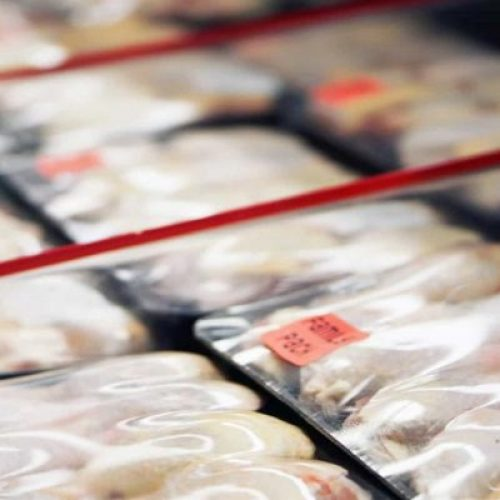 China diz que detectou covid em frango importado do Brasil