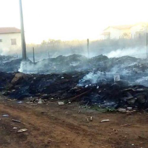 Brigadistas e carro pipa controlam incêndio em município do Piauí
