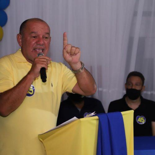 Candidato a prefeito abre mão de salário durante convenção em cidade do Piauí