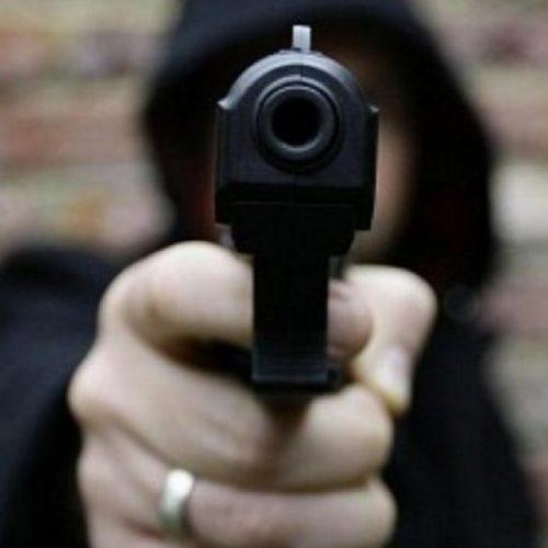 Dupla armada derruba família e toma moto em assalto na Vila Serrânia em Araripina-PE