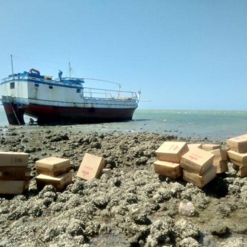 Navio encalhado no litoral do Piauí transportava R$ 5 milhões em contrabando; embarcação faz rota há mais de 10 anos