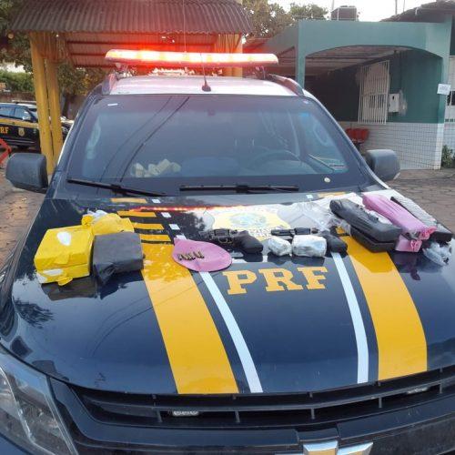 PRF apreende armas, munições e mais de R$ 400 mil em drogas dentro de van no Sul do Piauí