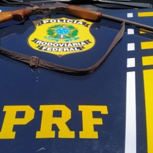 PRF | Homem é preso em Monsenhor Hipólito por porte ilegal de arma de fogo