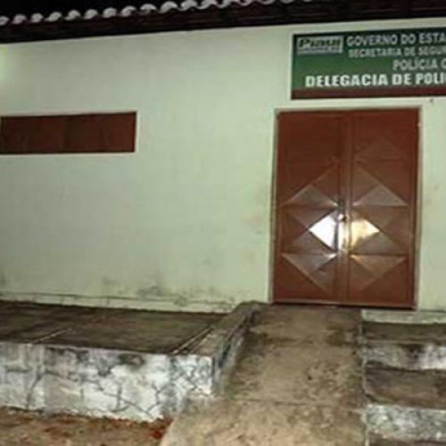 Suspeito de agredir a esposa é liberado após PM encontrar delegacia fechada no Piauí