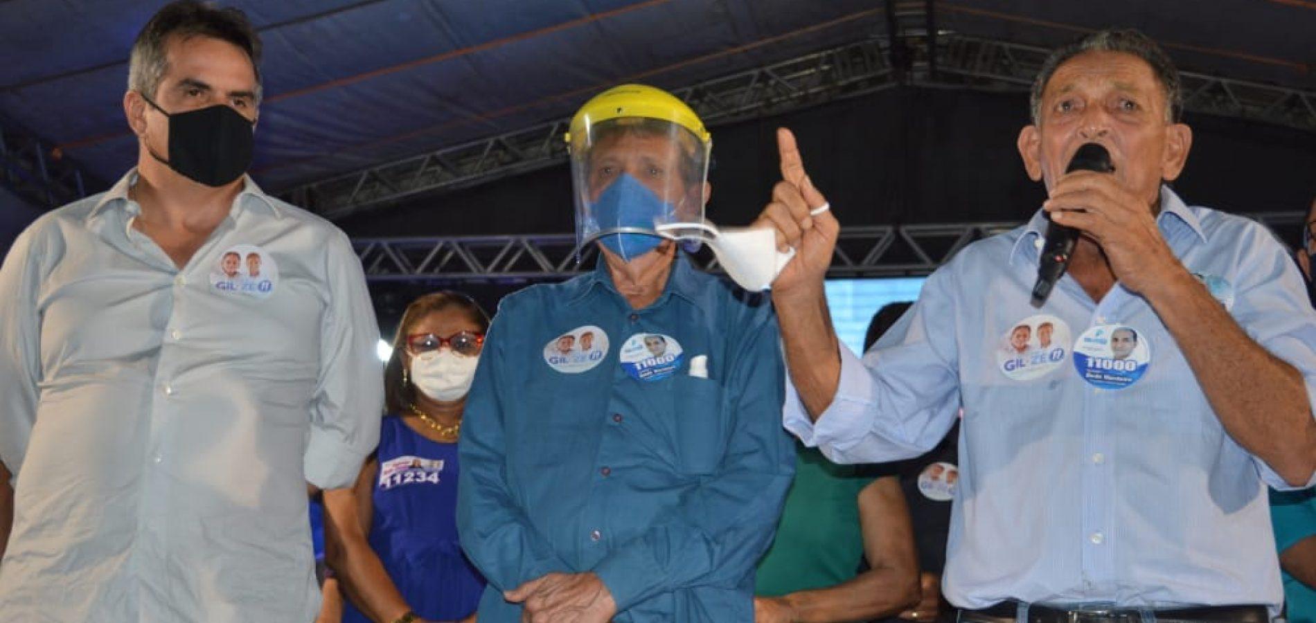 Gil Paraibano realiza primeiro comício em Picos