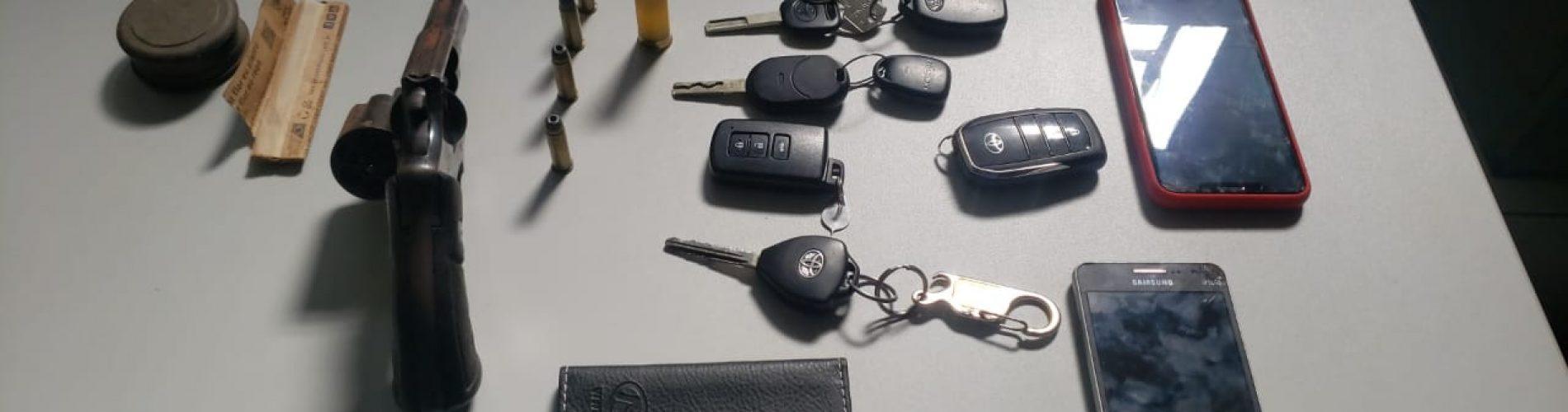 Corretor acusado de homicídio é preso com veículos roubados no Piauí