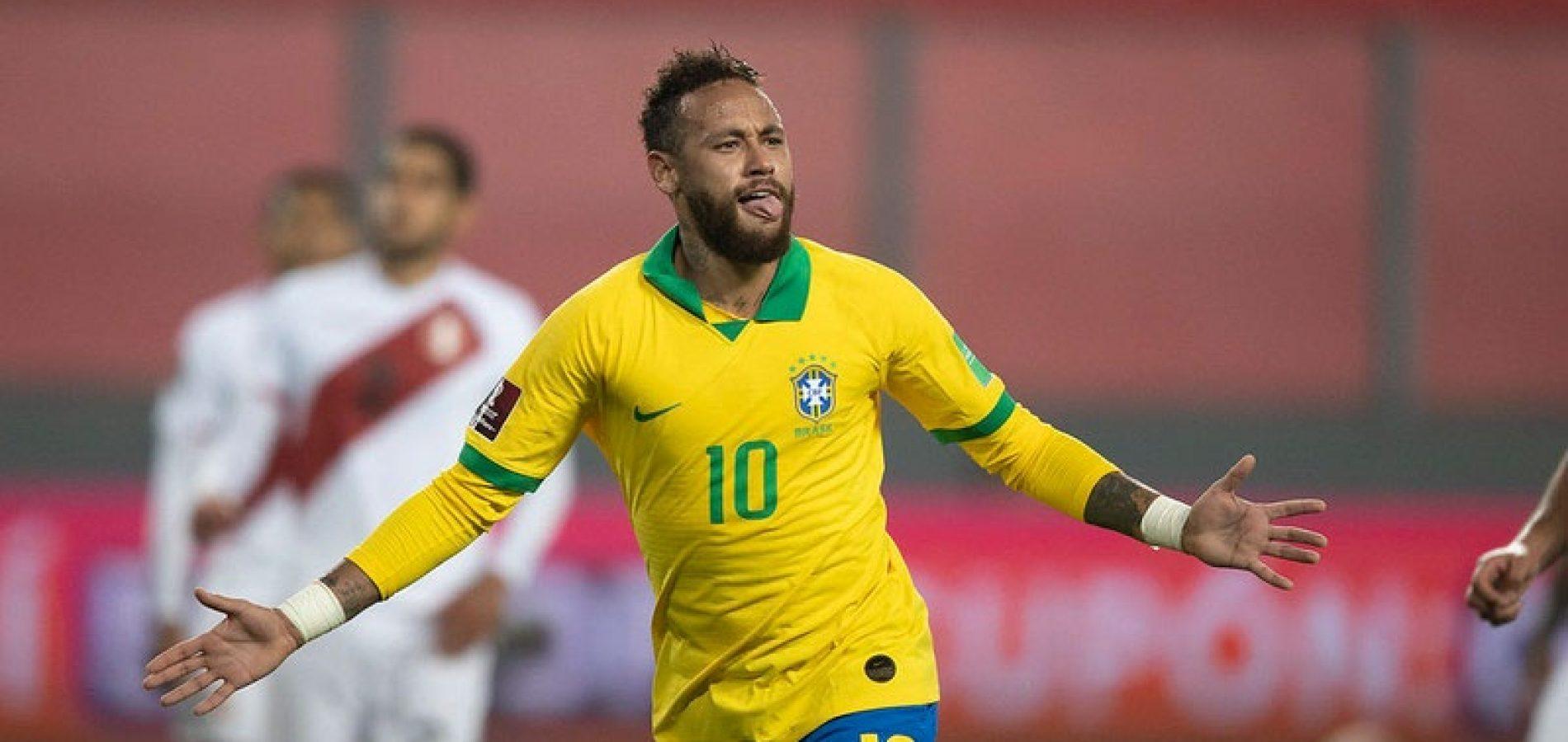 Neymar faz 3, supera Ronaldo e Brasil derrota Peru de virada nas Eliminatórias
