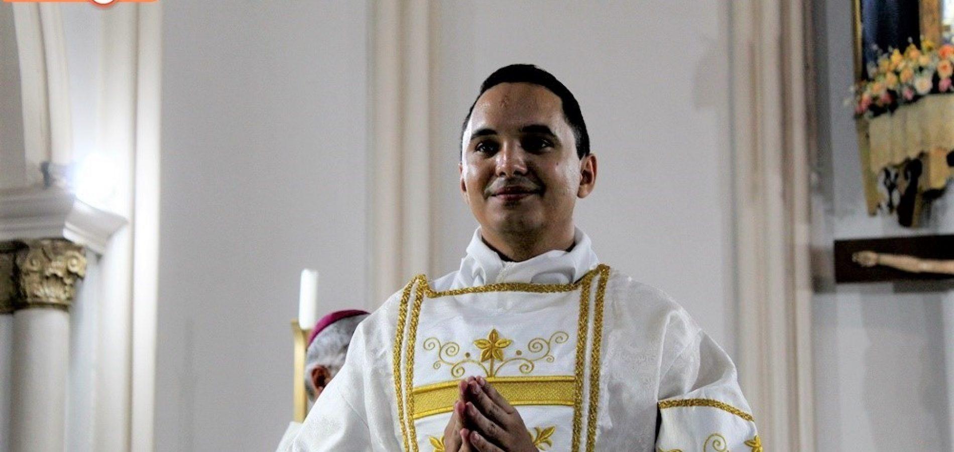 Primeiro padre natural de Bocaina vai assumir paróquia em Queimada Nova