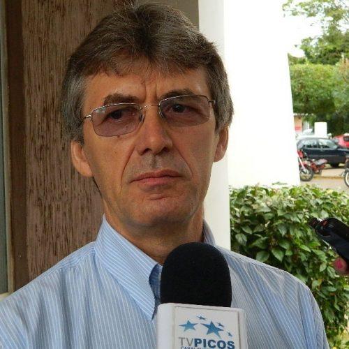 Procedimento apura propaganda irregular de prefeito que disputa reeleição em Dom Expedito Lopes