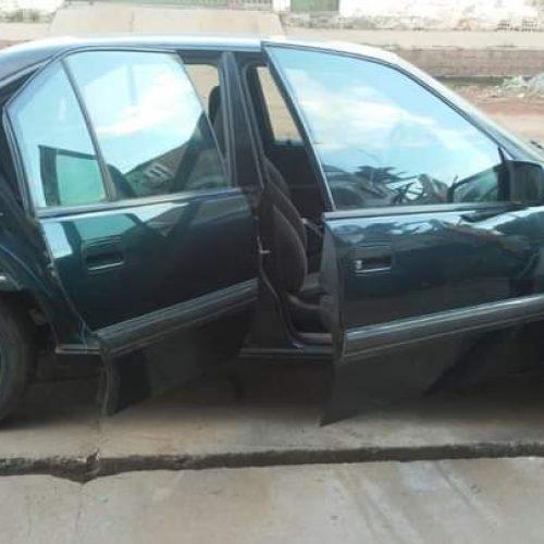 Carro de passeio é furtado de dentro de oficina em Picos