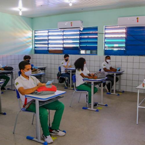 Avanços na educação serão consumidos por pandemia, e recuperação será longa, diz especialista