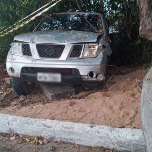 Em fuga, motorista atropela duas crianças, uma mulher e capota veículo no Piauí