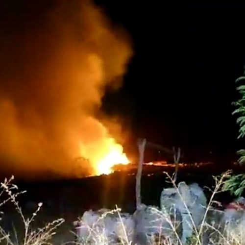 Grande incêndio atinge lixão em cidade do Piauí; causas ainda não foram identificadas