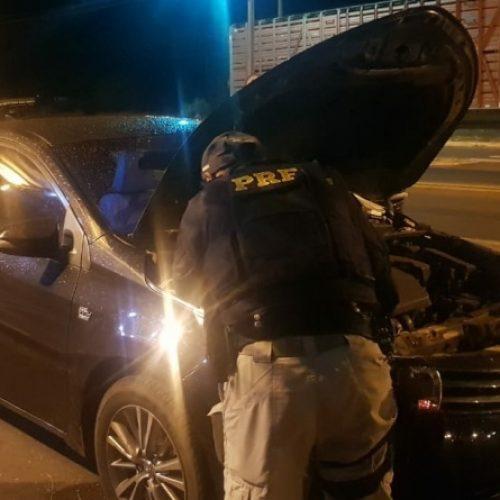 Veículo de luxo adquirido através do crime de estelionato é apreendido na BR-316 em Picos