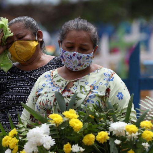 Brasil é pior país do mundo na gestão da pandemia de Covid-19, aponta estudo