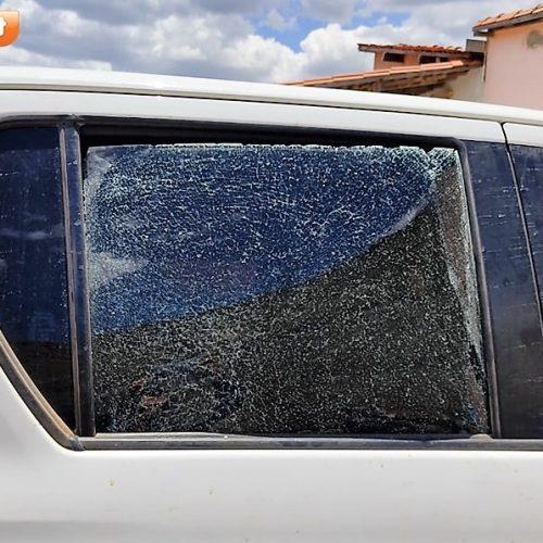 Carro do prefeito de Alegrete do Piauí sofre atentado nesta madrugada