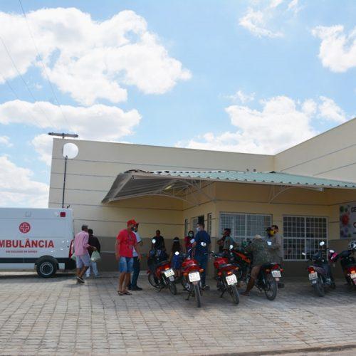CAMPO GRANDE | Centro de Atendimento paraEnfrentamento á Covid-19 inicia atividades e ambulância Semi-UTI é entregue para a população