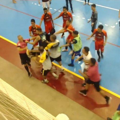 Partida do campeonato piauiense de futsal termina em confusão