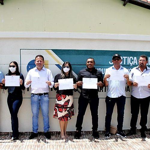Candidatos eleitos de Francisco Macedo são diplomados e tomarão posse dia 1º de janeiro; fotos