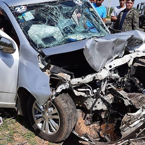 Colisão entre carros deixa dois mortos e cinco feridos na zona rural de Fronteiras