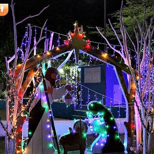 SÃO JULIÃO | Prefeito Dr. Jonas Alencar investe em decorações de Natal em praça pública; fotos