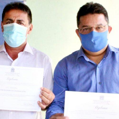 Dr. Corinto e Valmir de Juracy são diplomados prefeito e vice-prefeito de Marcolândia; veja fotos