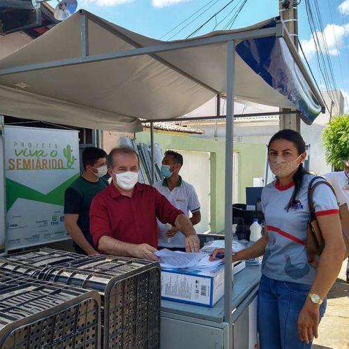 Governo realiza 'Quitanda Virtual' e entrega kits de irrigação na região de Paulistana