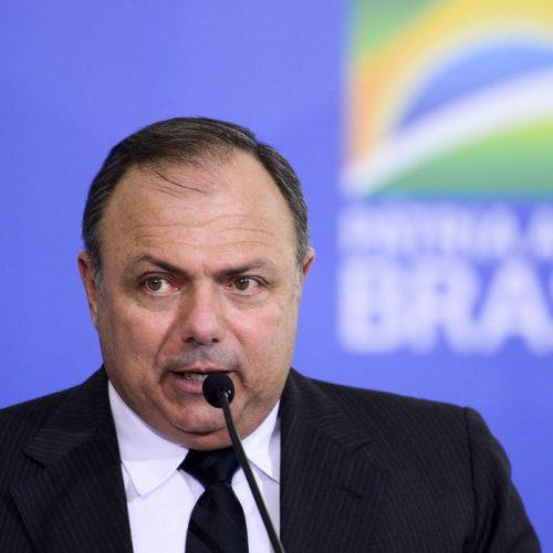 Pazuello dá recado a Doria: vacinação não começa com 'jogada de marketing'