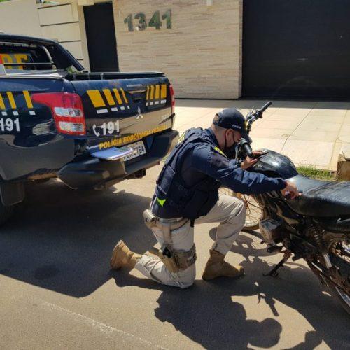 Moto roubada no Sul do país é recuperada pela PRF na BR-020 em Francisco Santos
