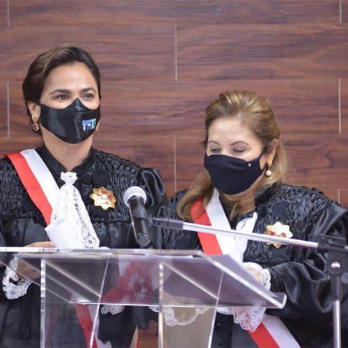 Desembargadora Liana Ferraz toma posse na presidência do TRT 22