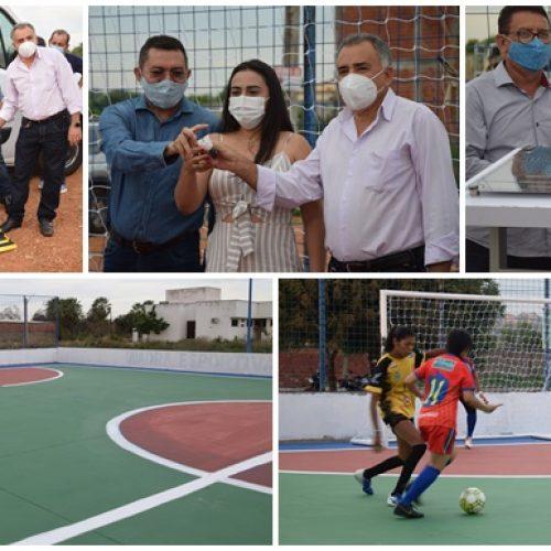 PICOS 130 ANOS | Padre Walmir entrega quadra reformada ao bairro Ipueiras e ambulância para cadeirantes
