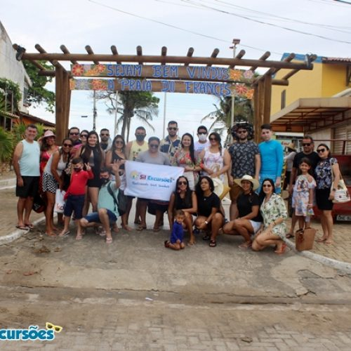 Sil Excursões leva grupo de Padre Marcos e São José do Piauí para o litoral de Alagoas