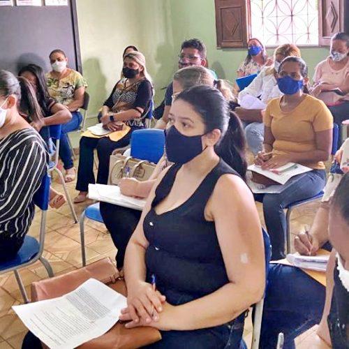 Secretaria de Educação de Picos realiza encontro com educadores do município