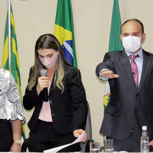Rivaldo e Bruna assumem o comando do município de Massapê do Piauí