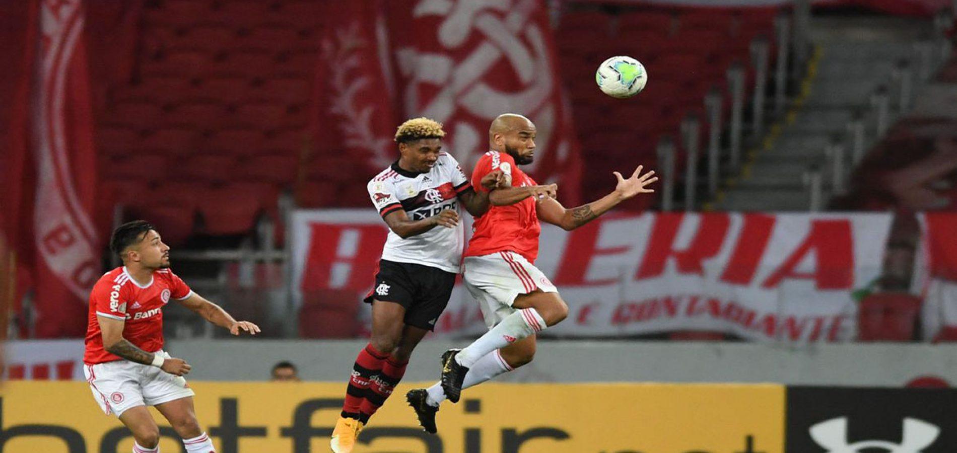 Brasileiro: Internacional e Flamengo fazem jogo decisivo no Maracanã