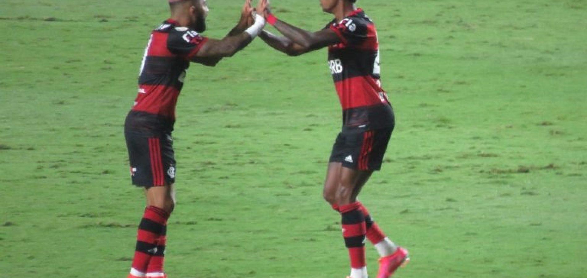 Flamengo perde para o São Paulo, mas conquista seu oitavo título brasileiro