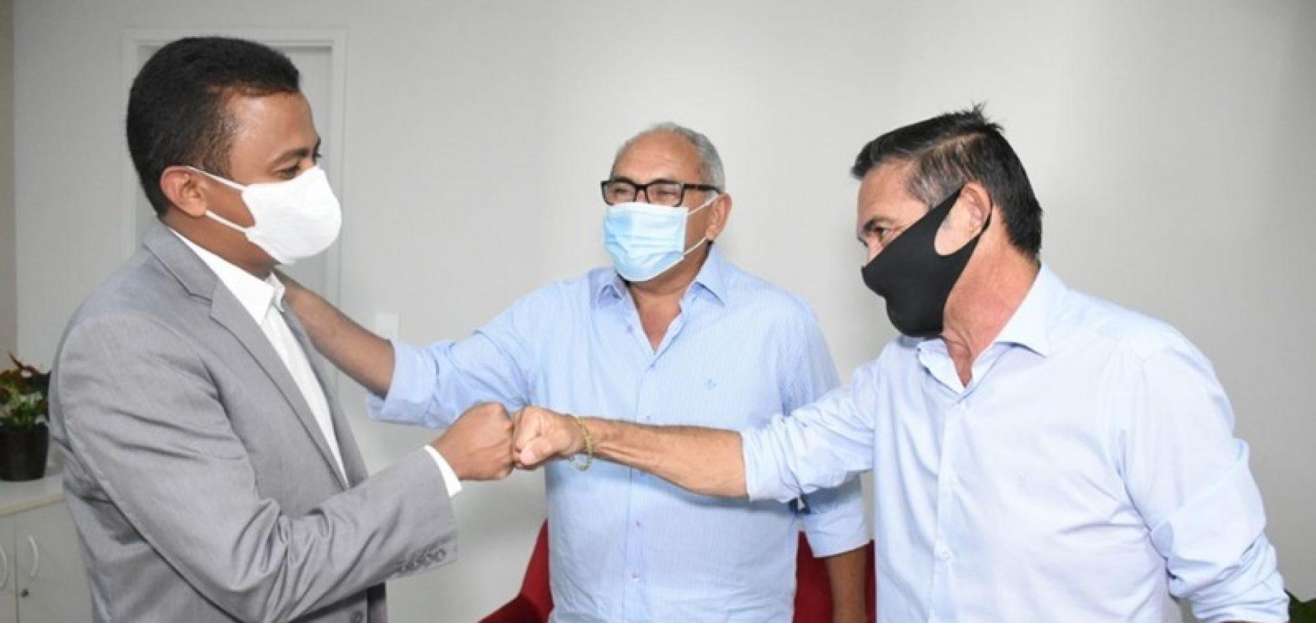 Em Teresina, prefeito Erculano Carvalho busca investimentos para Geminiano