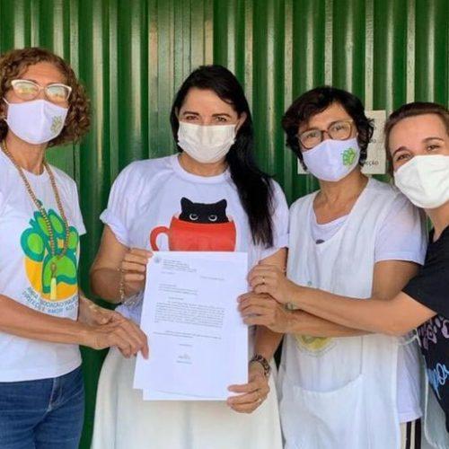Teresa Britto destina R$ 100 mil de emenda parlamentar para reforma do prédio da APIPA