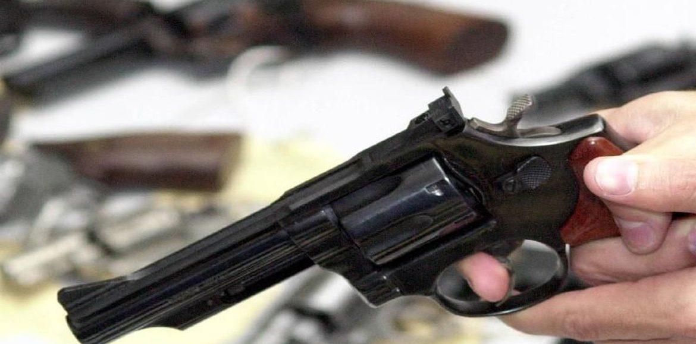 Policial bêbado saca arma para PRF após abordagem no Piauí