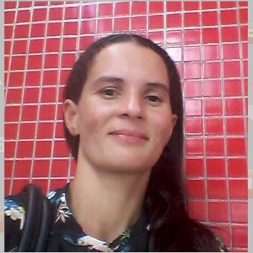 Mulher é morta a facadas pelo ex ao chegar no trabalho no Piauí