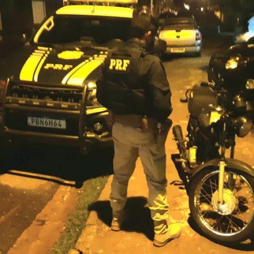 Motocicleta adulterada é apreendida na BR-020 em Monsenhor Hipólito