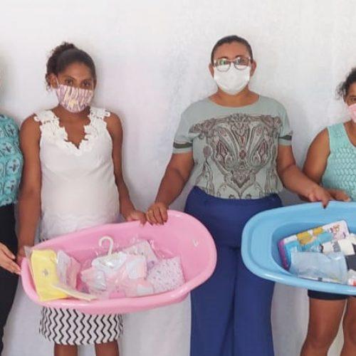JAICÓS   Secretaria de Assistência Social beneficia gestantes com entrega de enxovais