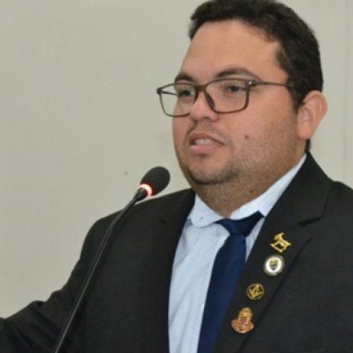 Vereador Afonsinho comenta sobre possível afastamento da Câmara Municipal de Picos