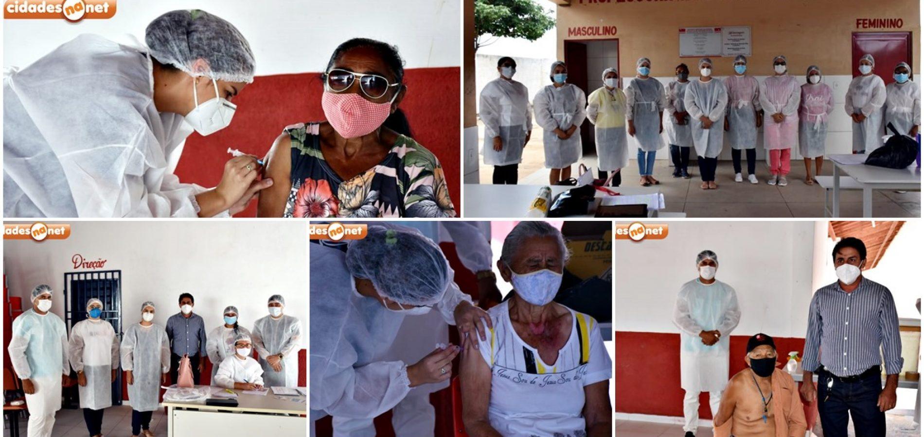 Vacinação contra Covid-19 avança e imuniza mais de 100 idosos em Marcolândia; fotos