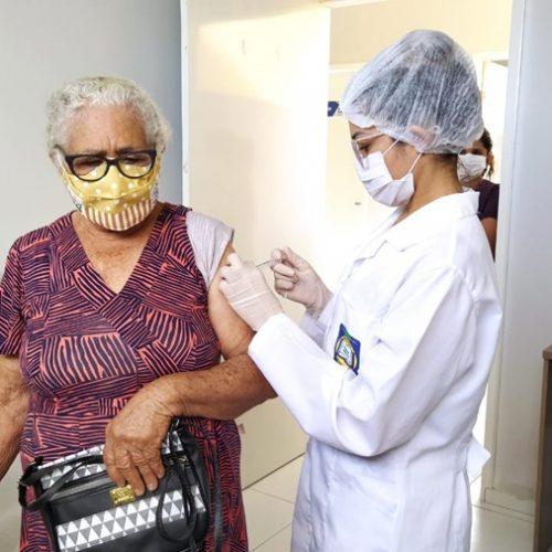 BELÉM | Com 402 pessoas imunizadas contra a Covid, Saúde aguarda novas doses para seguirvacinação