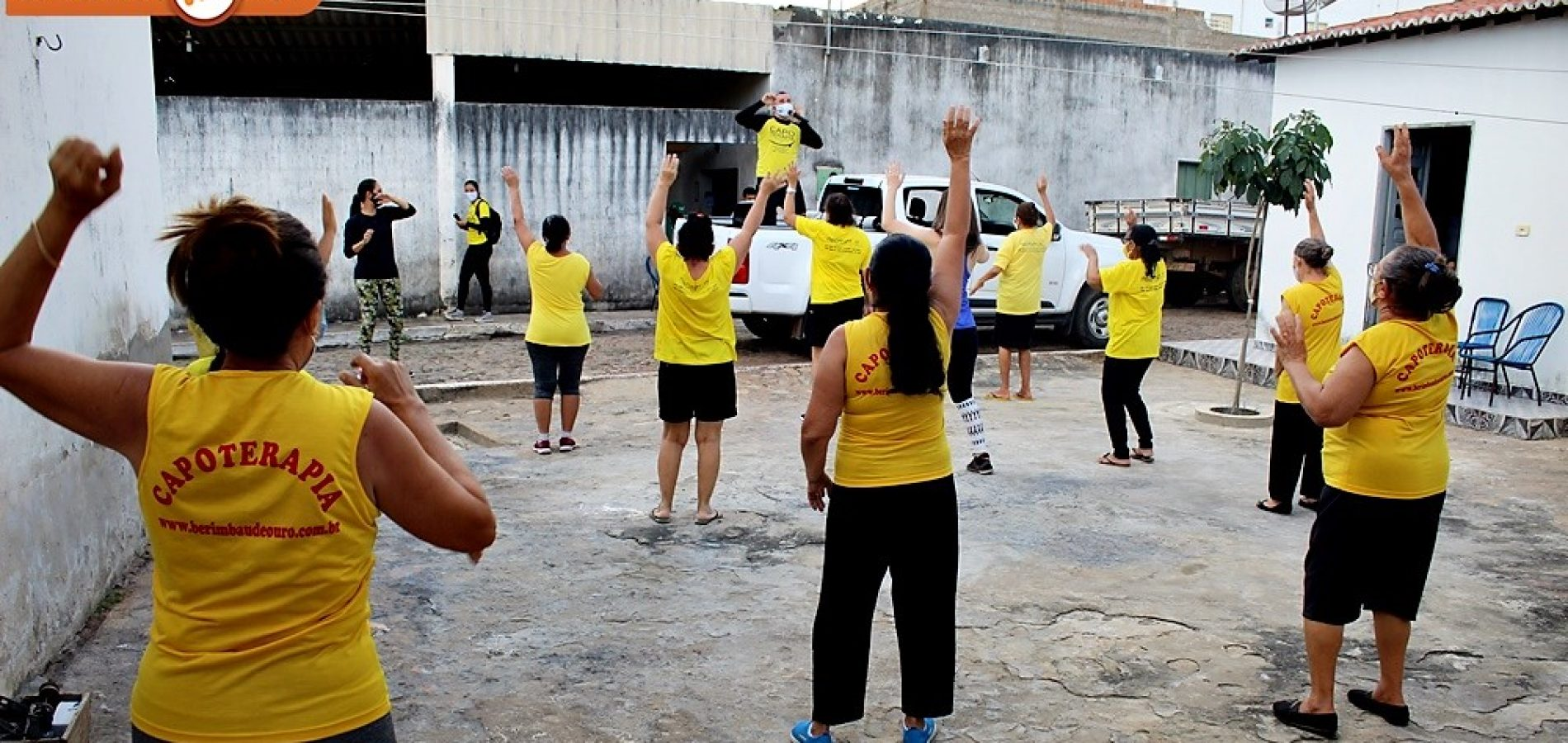 Capoterapia Itinerante promove saúde e bem-estar aos idosos do grupo Girassol em São Julião; fotos